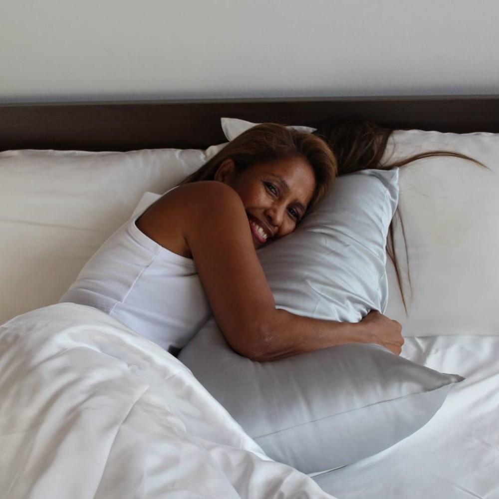 silver mulberry silk pillow case